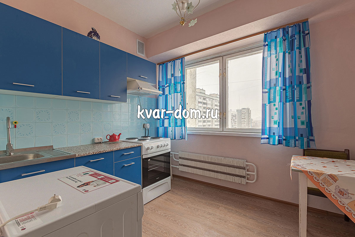 Снять квартиру Матвеевская 38