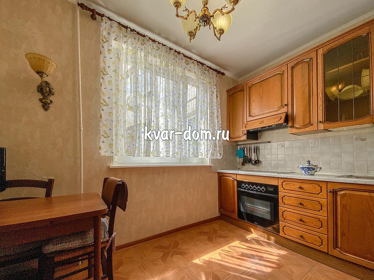 Снять квартиру метро Молодежная